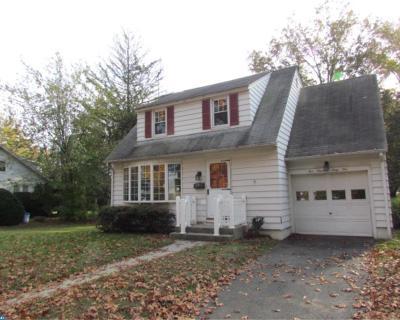 Woodbury Single Family Home ACTIVE: 561 High Street