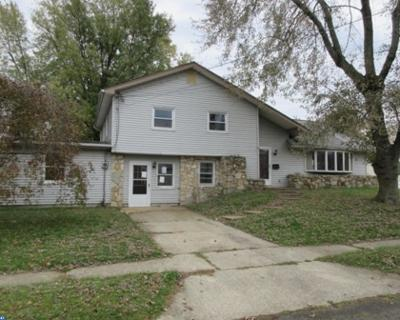 Brooklawn Single Family Home ACTIVE: 220 4th Street