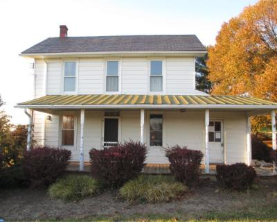 Oxford Single Family Home ACTIVE: 221 Waterway Road