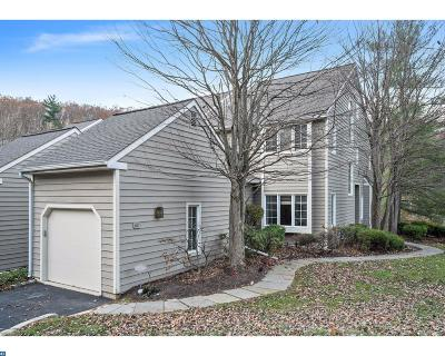 Newtown Square Condo/Townhouse ACTIVE: 401 Wooded Way #18