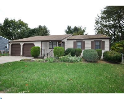 Mount Laurel Single Family Home ACTIVE: 19 Hunters Drive