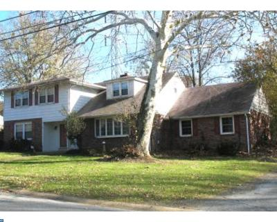 DE-New Castle County Single Family Home ACTIVE: 25 Ridgewood Circle