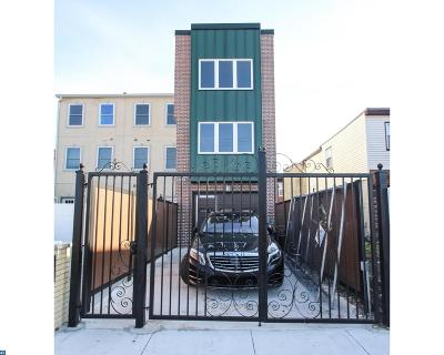 Condo/Townhouse ACTIVE: 2548 Webb Street