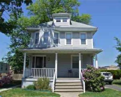 Oaklyn Multi Family Home ACTIVE: 25 W Beechwood Avenue