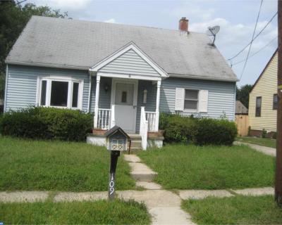 Burlington Single Family Home ACTIVE: 109 E 7th Street