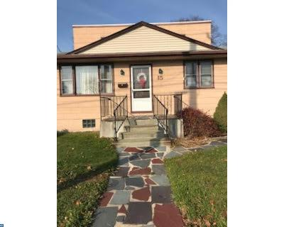 Stratford Single Family Home ACTIVE: 15 E Laurel Road