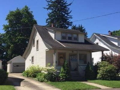 Warren Single Family Home For Sale: 112 Connecticut Avenue