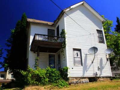 Warren Single Family Home For Sale: 204 Prospect Street