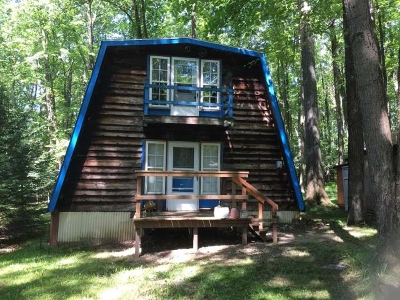 Russell Single Family Home For Sale: 134 Erie Road