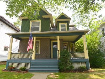 Warren Single Family Home For Sale: 207 Oneida Avenue
