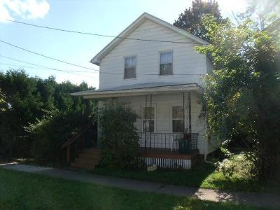 Warren Single Family Home For Sale: 831 Fourth Avenue