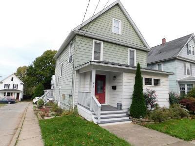 Warren Single Family Home For Sale: 275 Buchanan Street