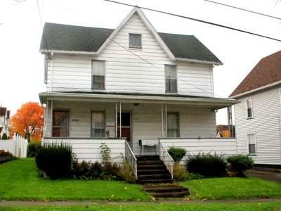 Warren Single Family Home For Sale: 122 Russell Street