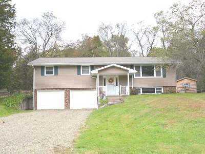 Russell Single Family Home For Sale: 37 Beckwith Drive