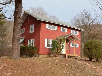 Warren Single Family Home For Sale: 88 Grass Flats Boulevard
