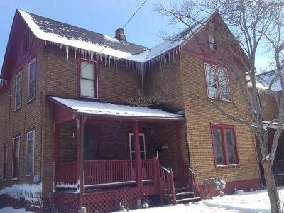Warren Single Family Home For Sale: 109-109.5 Oak Street
