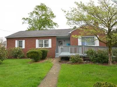 Warren Single Family Home For Sale: 906 Conewango Avenue