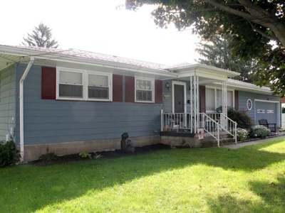 Warren Single Family Home For Sale: 211 Eddy Street