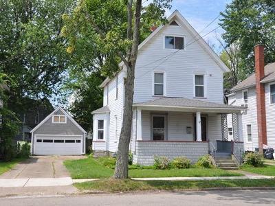 Warren Single Family Home For Sale: 107 Buchanan Street