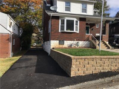 Verona Single Family Home For Sale: 1537 Maple