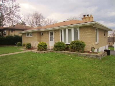 Monroeville PA Single Family Home Contingent: $149,900
