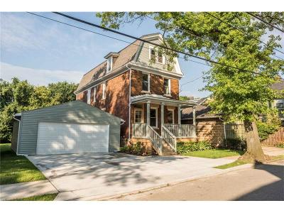 Edgewood Single Family Home For Sale: 310 Laurel St