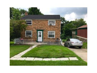 Verona Single Family Home For Sale: 8004 Thon Dr