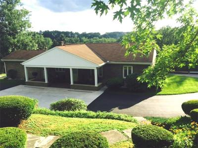 Single Family Home For Sale: 200 Orchard Hill Drive