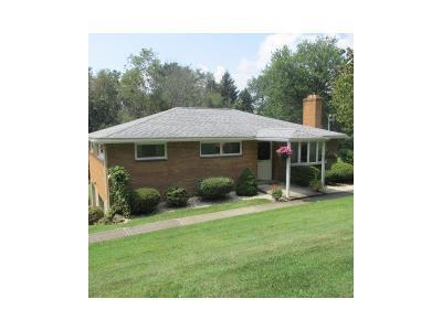 Jeannette Single Family Home For Sale: 137 Altman Road