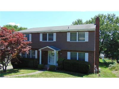 Greensburg, Hempfield Twp - Wml Single Family Home For Sale: 26 Adrian Dr