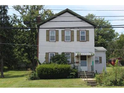 Delmont Single Family Home For Sale: 144 Freeport St