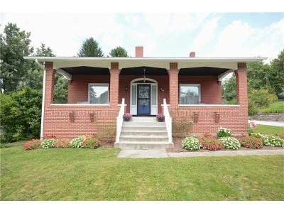 Forest Hills Boro Single Family Home Contingent: 15 Fairview Rd