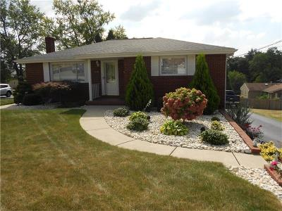 North Huntingdon Single Family Home For Sale: 10736 Bellview Dr