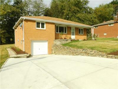 Murrysville Single Family Home For Sale: 3160 Day Ct