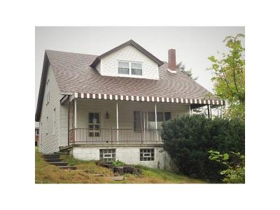 North Huntingdon Single Family Home For Sale: 2541 Clay Pike