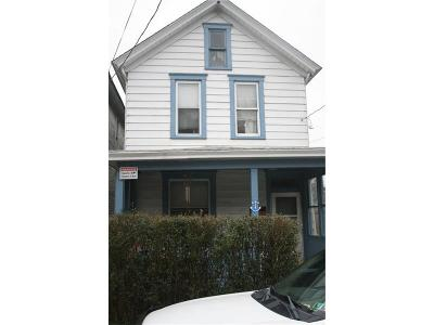 Jeannette Single Family Home For Sale: 112 N 5th