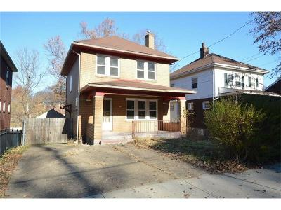 Edgewood Single Family Home Contingent: 121 Oakview Avenue
