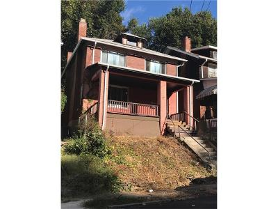 Wilkinsburg Single Family Home For Sale: 1337 Franklin Ave