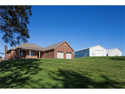 Washington Twp Single Family Home For Sale: 442 Pine Spring