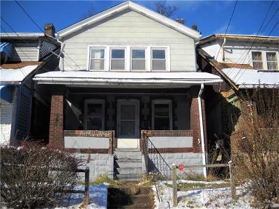 Wilkinsburg Single Family Home For Sale: 1613 Montier St