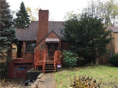 Wilkinsburg Single Family Home For Sale: 2156 Village Dr
