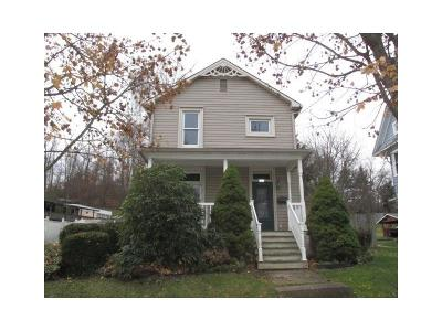 Somerset/Cambria County Single Family Home For Sale: 921 Broadway Street