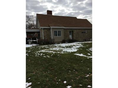 Westmoreland County Single Family Home For Sale: 203 Ashland Dr
