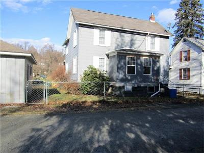 Westmoreland County Single Family Home For Sale: 15 Grace Street