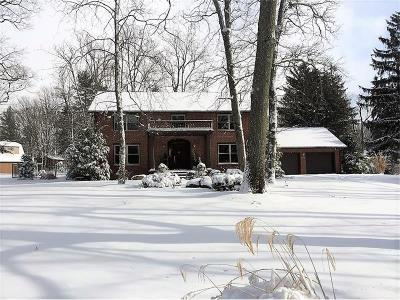 Somerset Boro Single Family Home For Sale: 670 Clover Hill Rd