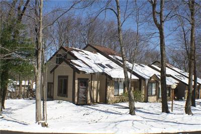 Hidden Valley Townhouse For Sale: 1482 Gebhart Way