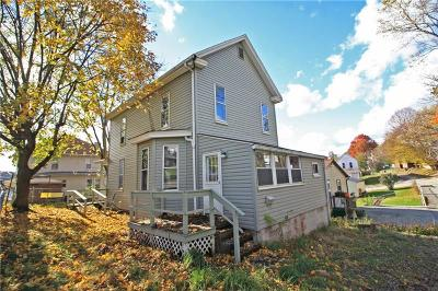 Single Family Home For Sale: 715 Scott Ave Rear