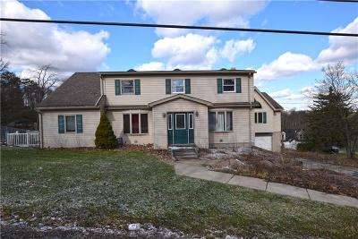 North Huntingdon Single Family Home For Sale: 1378 Robbins Station Rd