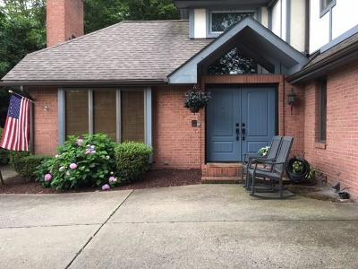 Murrysville Single Family Home For Sale: 4609 Windbrook Dr