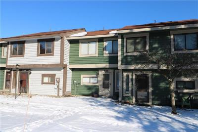Townhouse For Sale: 525 Kooser Circle